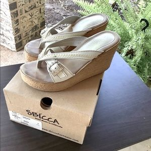 SBICCA white wedges size 7
